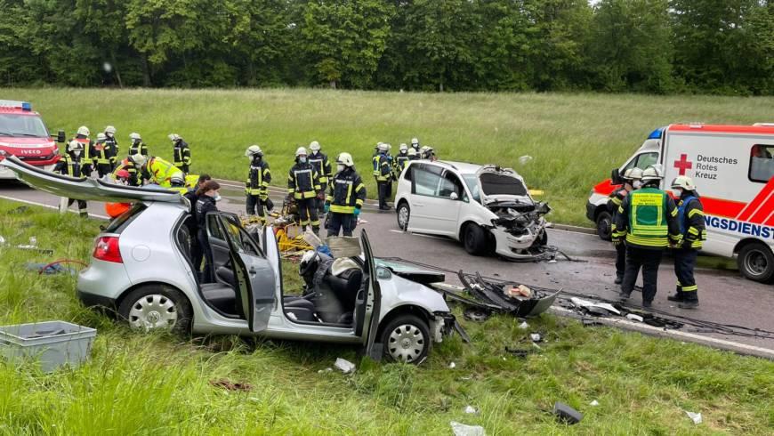 Schwerer Unfall auf der B 293 zwischen Bretten-Diedelsheim und Dürrenbüchig